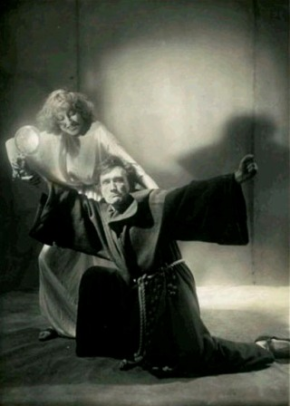 Artaud-in-scena
