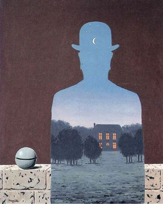 Magritte-happy-donor