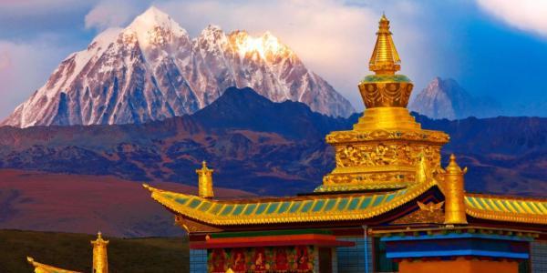 Tibet-montagna-oro