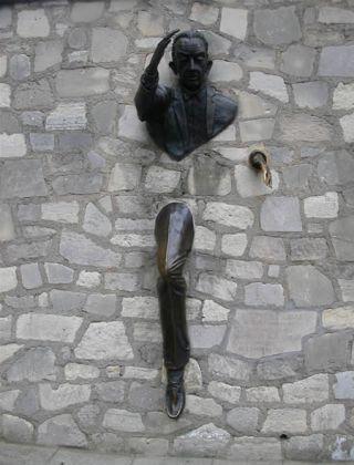 attraverso-muro