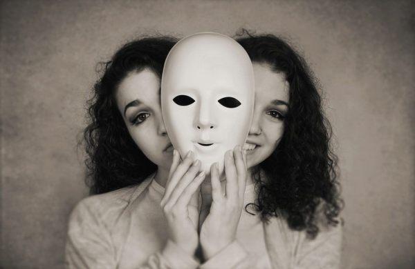 gemelle-maschera