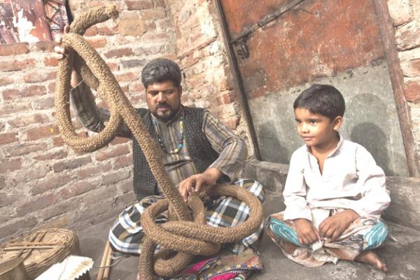 rope-trick-padre-figlio