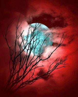 luna-surreal-red