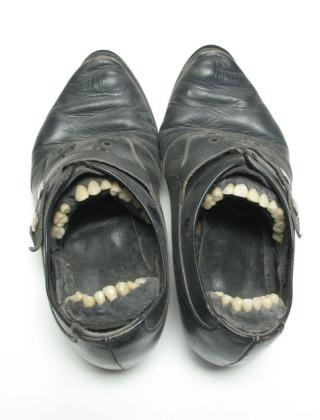 Armstrong-scarpe-dentate