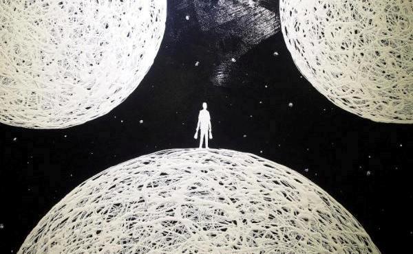 uomo-tra-pianeti