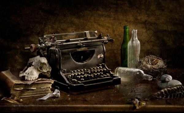 Ross-macchina-da-scrivere