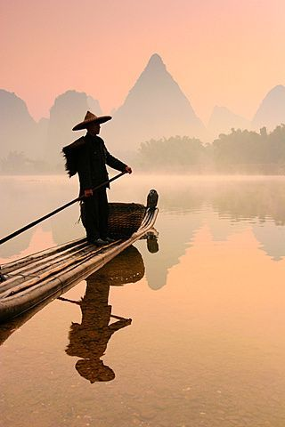 pescatore-cinese-fiume