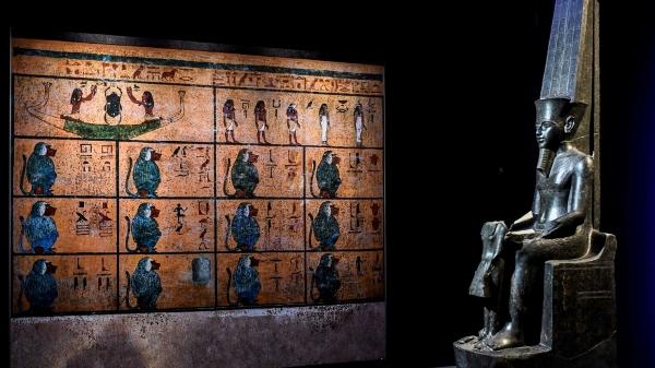 Tutankhamen-Louvre