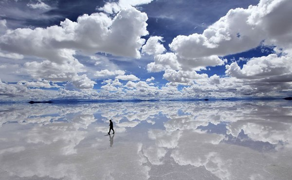 uomo-sopra-nuvole